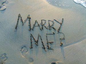bodas de playa novios vestido ideas