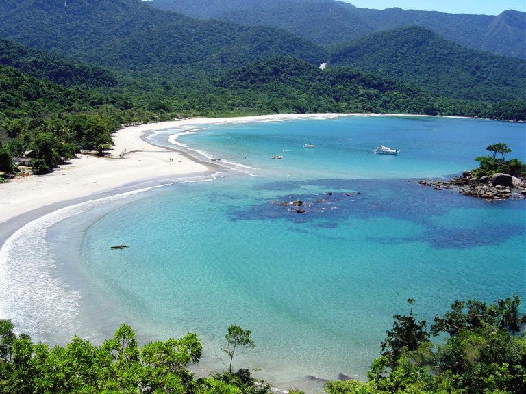 brasil ilhabela praia castelhanos isla arena