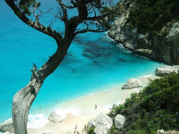italia sardegna cerdeña sardinia playas rocas mar cristalino