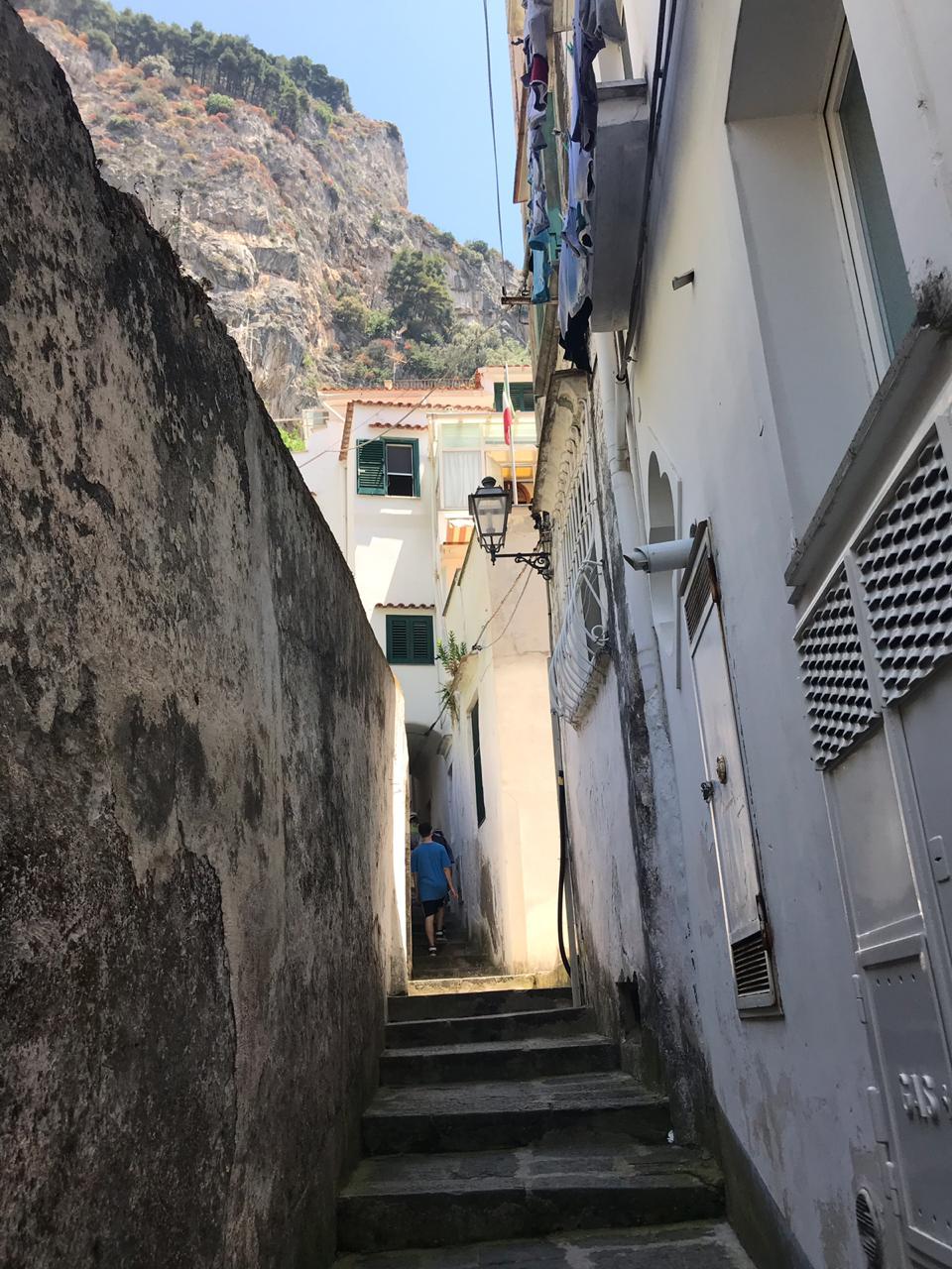 camino secreto escondido de amalfi a atrani italia costa amalfitana ir caminando (26)